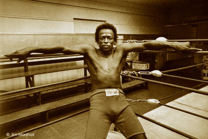 miles_davis_boxer